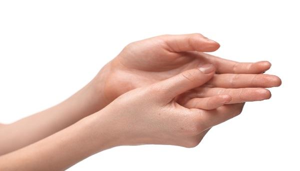 手指が冷える4つの理由