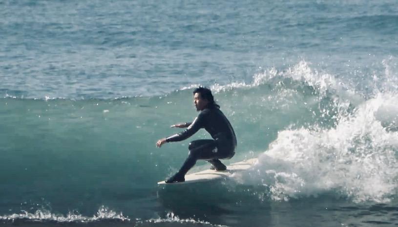 DEADKOOKS次世代モデル『NAUSEA』プロロガー真田和斗ロングボードサーフィン映像