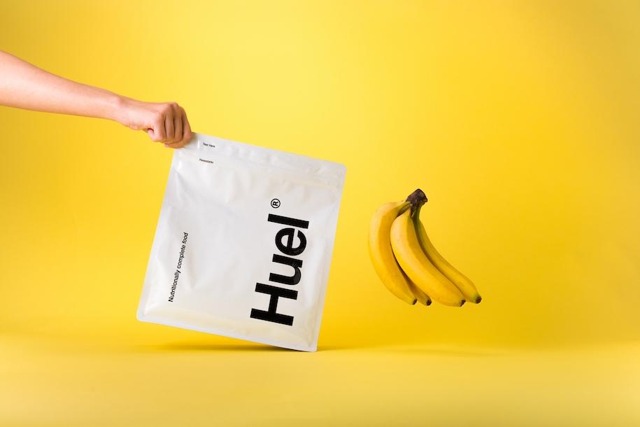 グルテンフリーの完全栄養食『Huel』で手軽にスポーツ時の栄養補給を。新商品バナナフレーバーをプレゼント