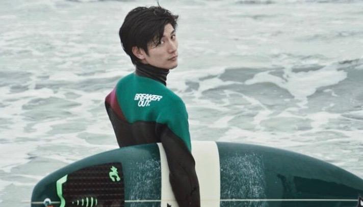 三浦春馬 サーフィン