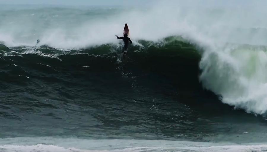 台風10号炸裂!宮崎ローカルサーファーがビッグウェイブに挑むサーフィン動画「THE DAY」8.13