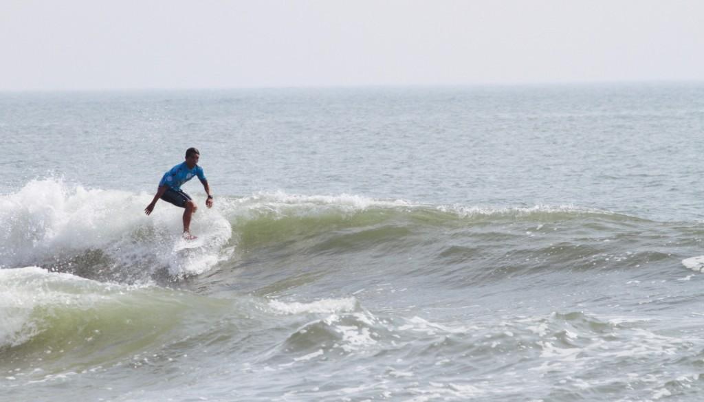 サーフィン ターン3