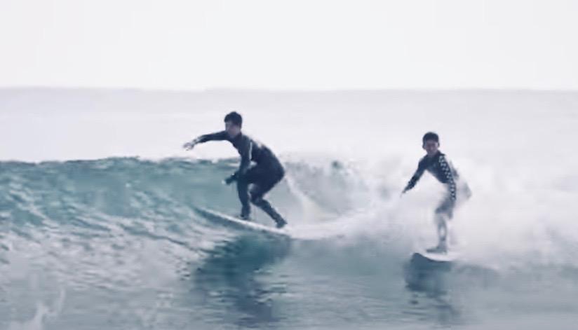 『高校生プロサーファー加藤翔平』加藤3兄弟と父親とのファミリーサーフィン映像
