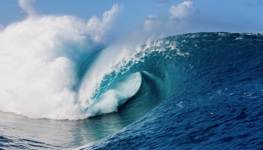 タヒチ チョープー サーフィン