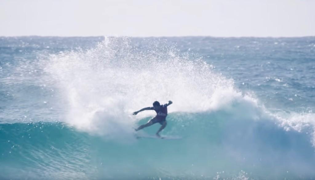 五十嵐カノア サーフィン