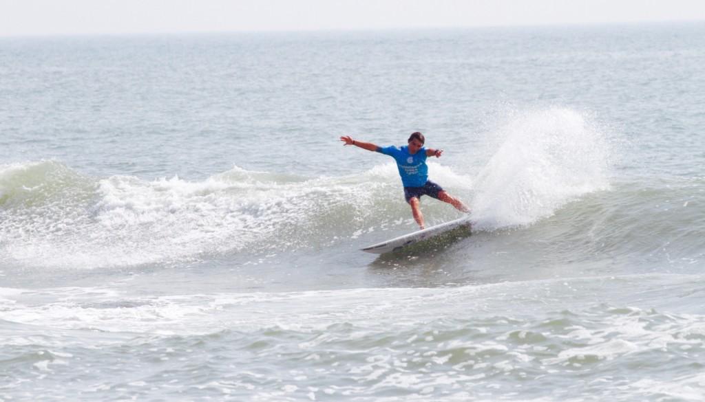 サーフィン カットバック方法
