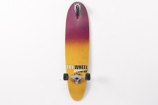 海に行けなくても楽しく過ごせる!サーフィン上達に効く陸トレ用スケートボード