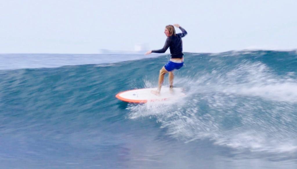 ニュージーランド若手サーファー