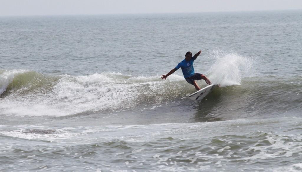 サーフィン カットバック3