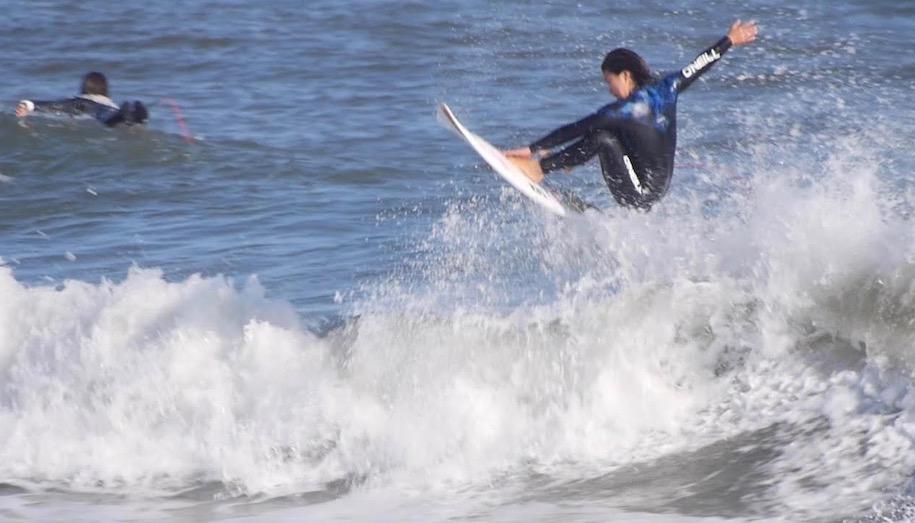 冬の千葉北 中塩佳那と脇田紗良のフリーサーフィン映像