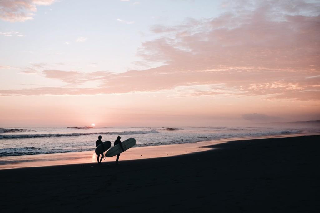 サーフィンが人間性を磨く10の理由