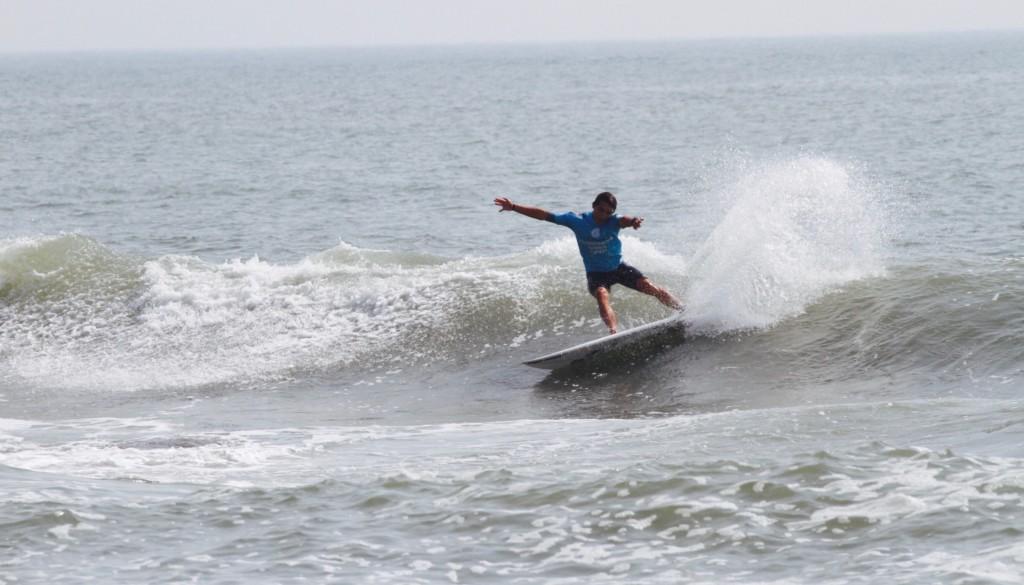 サーフィン カットバック4