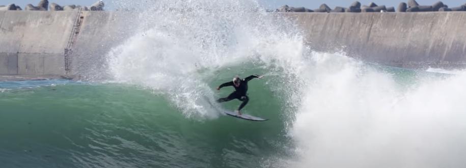 世界チャンピオンに向け日々進化を遂げる五十嵐カノアのポルトガルサーフィン映像