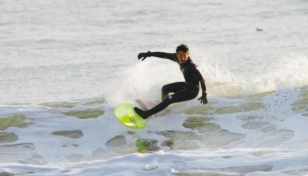 ドライスーツ サーフィン