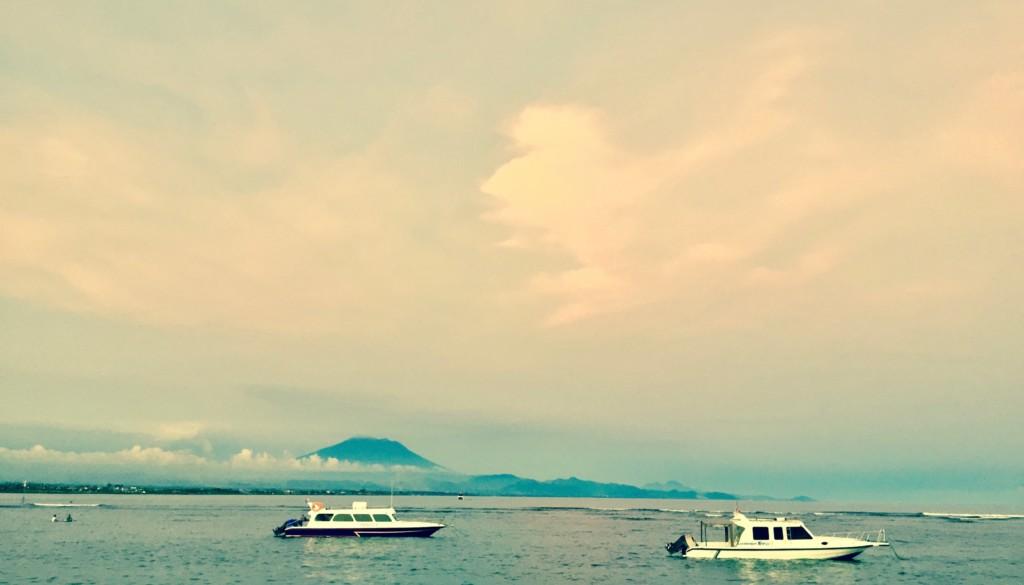 バリ島 アグン山 火山