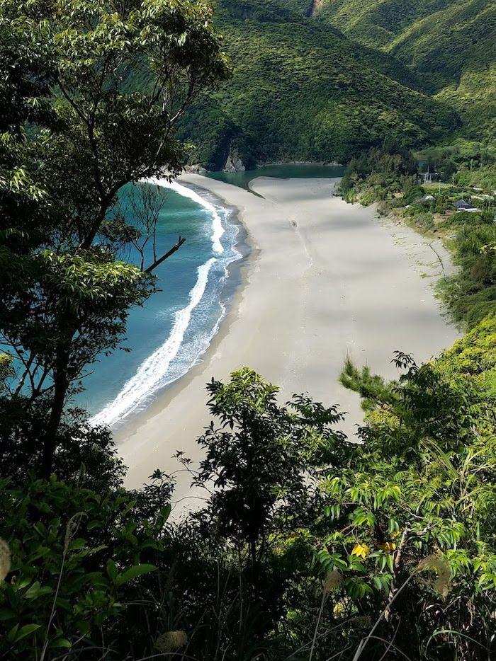 パタゴニア日本支社:世界自然遺産 奄美大島「嘉徳海岸侵食対策事業の一時中止の要望」を支持