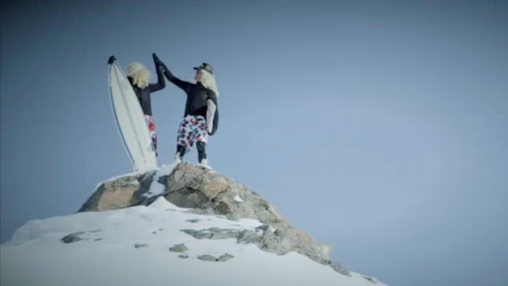 snowboard_surfing